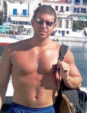 Alex 45 y.o. from Greece
