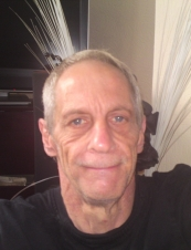 PHILIP 65 y.o. from UK