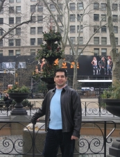 Raza 46 y.o. from USA
