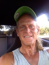 william 56 y.o. from USA