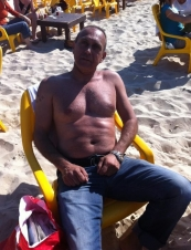 avi 57 y.o. from USA