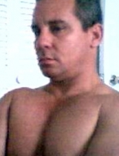 emanuel 52 y.o. from USA