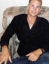 Josh 35 y.o. from USA