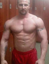 Kyle 40 y.o. from USA