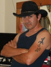 david 54 y.o. from USA