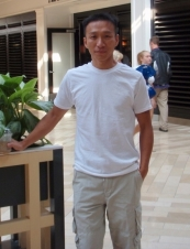 Minh 45 y.o. from USA