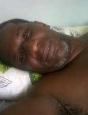 Orlando 46 y.o. from Trinidad and Tobago
