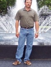 Burt from USA 49 y.o.