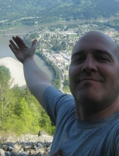 Chris 44 y.o. from Canada