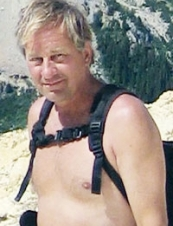 Neil 68 y.o. from Canada