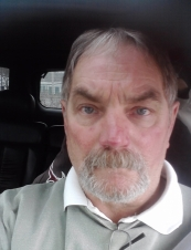Rob 67 y.o. from USA