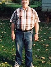 Thomas 70 y.o. from USA